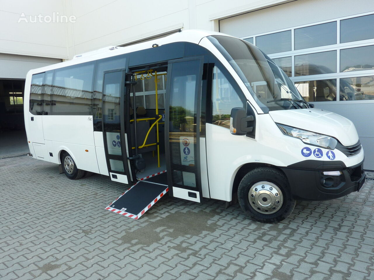 IVECO FIRST ELEKTRO city bus