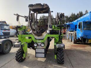 damaged KREMER  T4E-L vineyard tractor