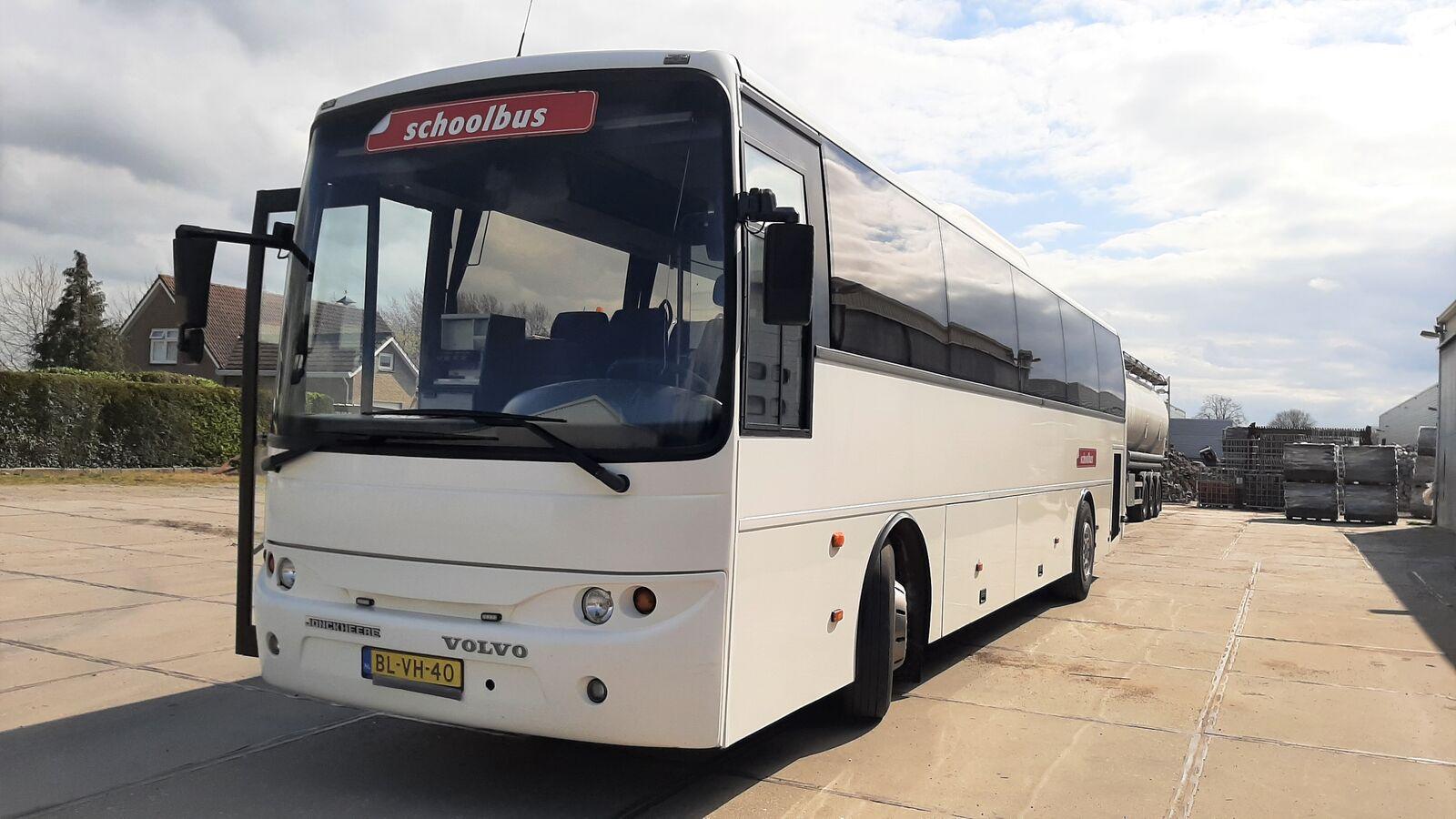 VOLVO B7R M3 / 50 seats Airco Euro 3  interurban bus