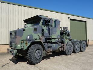 Oshkosh M1070 tractor unit