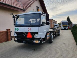 MERCEDES-BENZ Kamag WBH25 container chassis