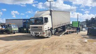 DAF 95 330 curtainsider truck