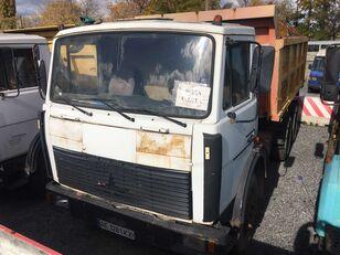 MAZ 551605 dump truck